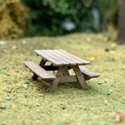 HO scale picnic